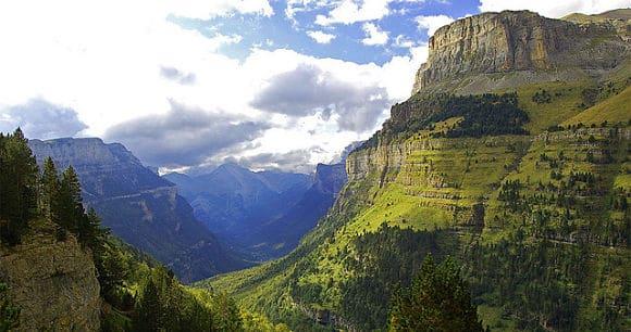 valle ordesa y el monte perdido en jaca
